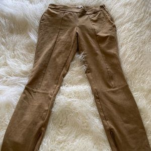 Chic suede pants